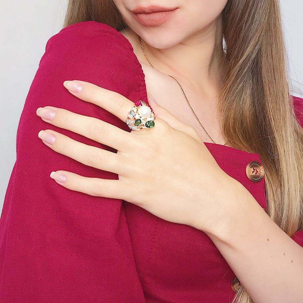 Image 2 - DreamCarnival 1989 Infinity Colors Series Women Rings Silver Gold Color Coated Gorgeous Shiny Zircon Jewelry of the Day WA11693-in Rings from Jewelry & Accessories