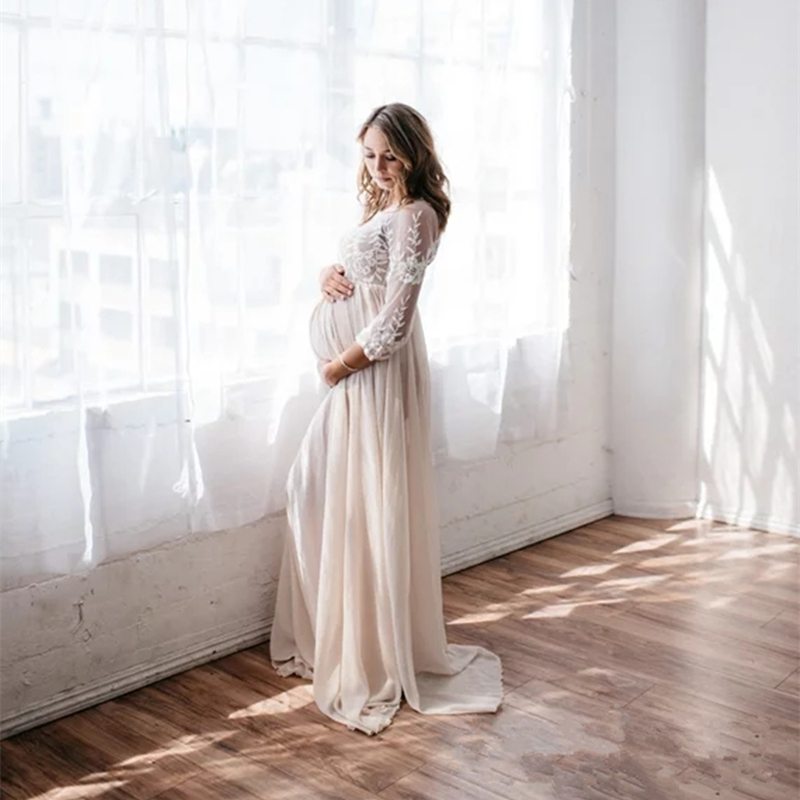 цена 2018 Crochet Lace Chiffon Maternity Photography Props Dresses Hollow Out Maternity Maxi Gown For Photo Shoot Long Chiffon Dress