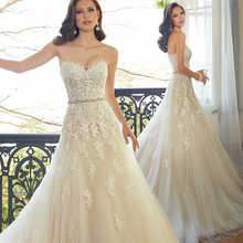 2015 Sweetheart Light Champagne Lace Applique Wedding Dress With Color Beading Sash Bridal Gowns In Stock Robe De Mariage