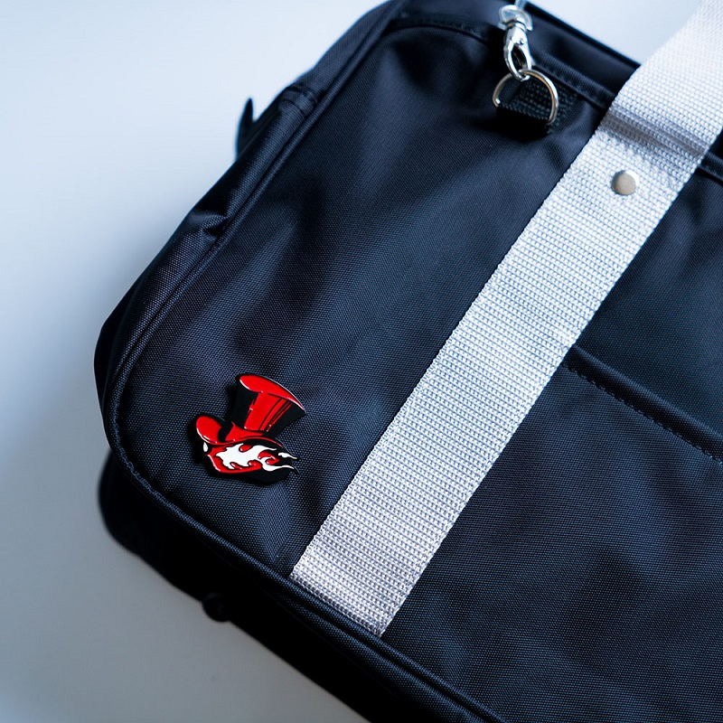 2016-Game-Persona-5-P5-Take-Your-Heart-Logo-Badges-Brooches-Pins-Keychain-Keyring-Metal-Cosplay (3)