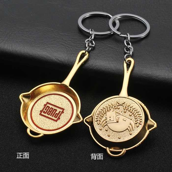 The popular PUBG Arms Mini Model Metal Keychains Helmet 98K Backpack Pan Key Ring Car Purse Men Key Chains Holder Trinkets Gift