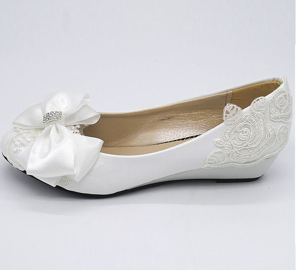 Superieur Wedding Shoes Milk White Light Ivory Wedges Low Heel Bridal Shoes For Woman  The Fashion Design Bow Lace Bridesmaid Shoe  In Womenu0027s Pumps From Shoes On  ...