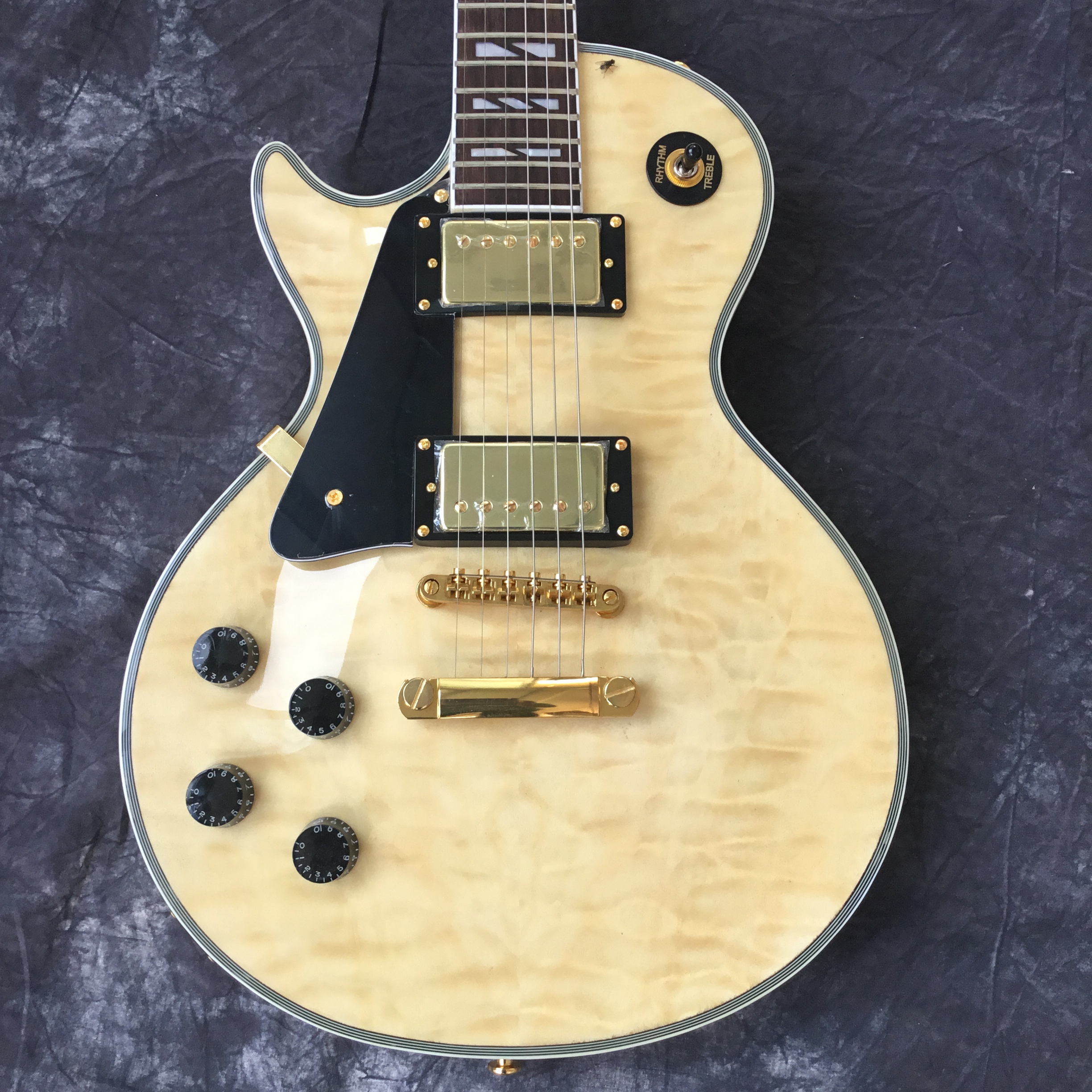 2018 custom electric guitar, left hand LP guitar, large log color. Good sound quality, free shipping(China)