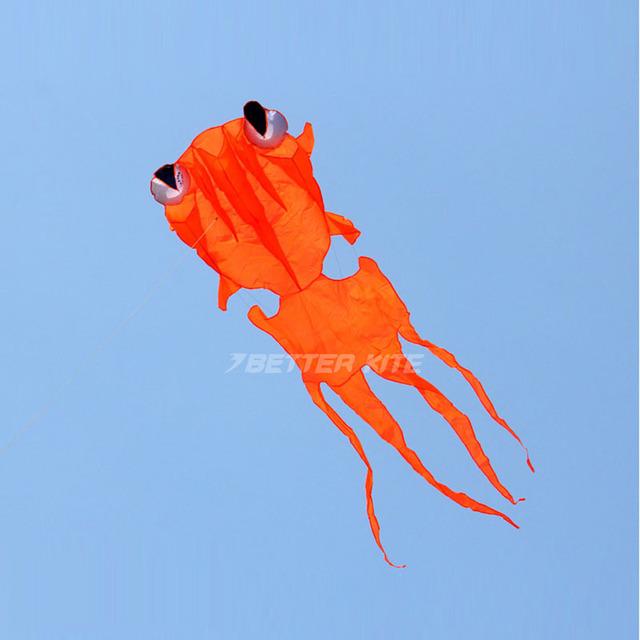 Mais recente Divertido Nylon Cerf Volant Pipas Parafoil Goldfish Kite Brinquedos Ao Ar Livre Para Crianças Stunt Kite Voando Vlieger Barriletes