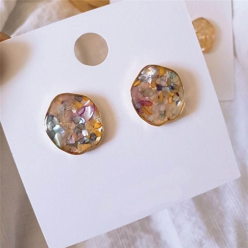 Korean Irregular Shell Earrings For Women Vintage Baroque Style Simple Fashion Jewelry Bijoux Small Earring