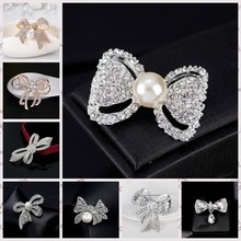 2071c202d86 Attractive Rhinestone Bow Brooch Butterfly Gold Silver Color Simulated Pearl  Brooches Pins for Wedding Brooch Bouquet