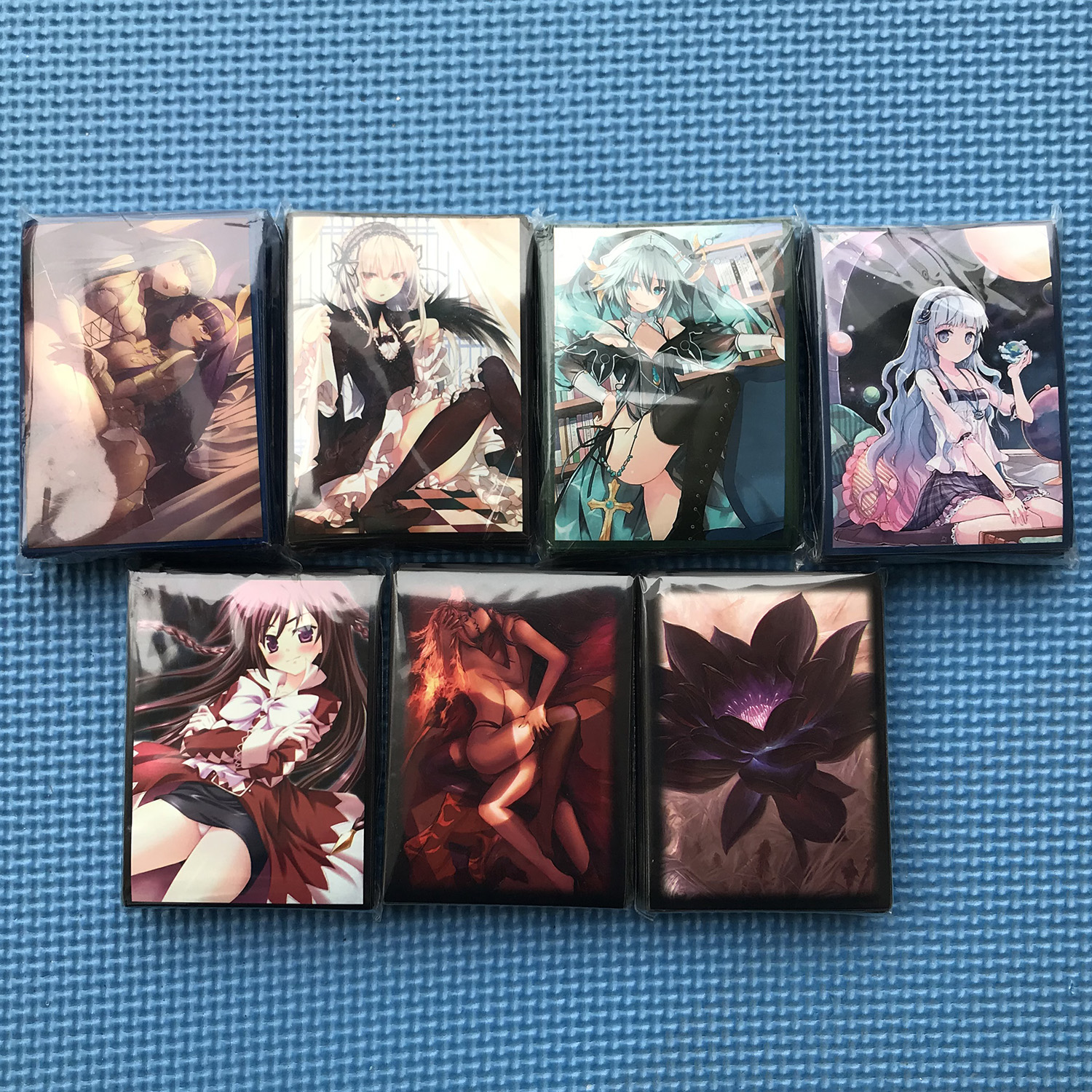 60PCS/BAG TCG Card Sleeves Anime Cards Sleeves Game Characters Protector Cards Shield Graphics Protector Color Sleeves PKM