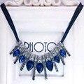 2017 Nuevos Calientes! moda Azul diomands cuerda de moda collar de la declaración rhinestone de la gema de cristal de plumas de pavo real Envío gratis