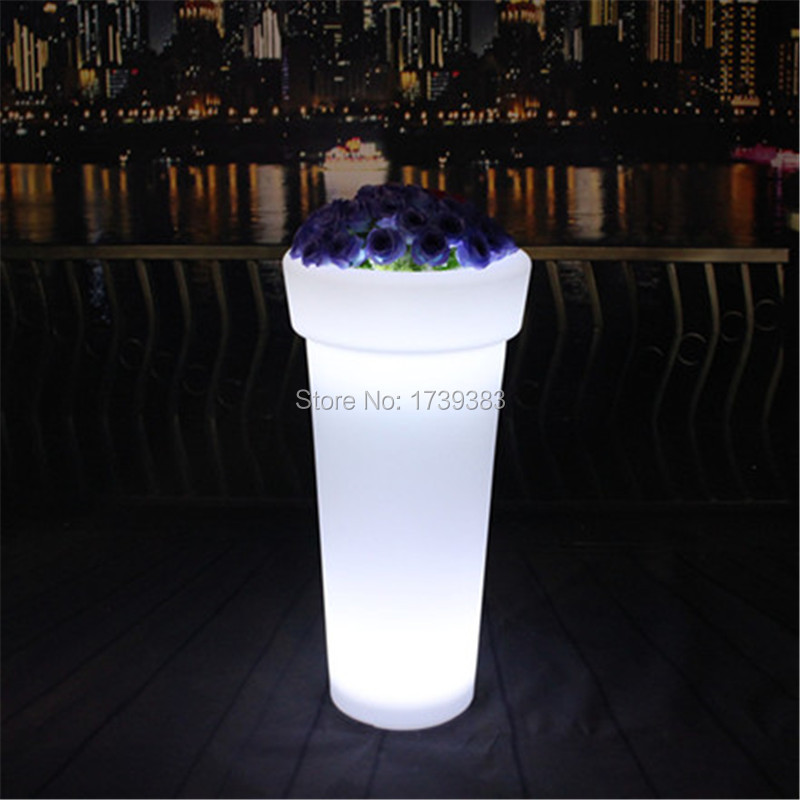 Waterproof rechargeable battery multi-color changing led plant pot remote control led flower pot outdoor illuminated garden pots