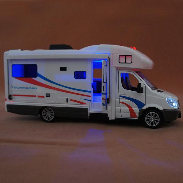 Viajes RV luz montaje de BRICOLAJE 1:32 sonido acústico-óptico de aleación modelo de coche de juguete de Vehículos de Recreo