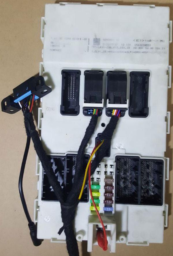 yanhua-bmw-fem-key-programmer-test-platform-pic-5