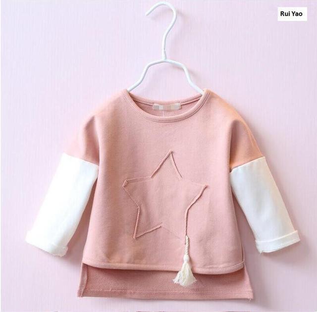 Y1902725 осень 2017 г. для маленьких девочек Топ Лоскутная звезда кисточкой для маленьких девочек пуловер Длинный рукав десткая Одежда для девочек одежда