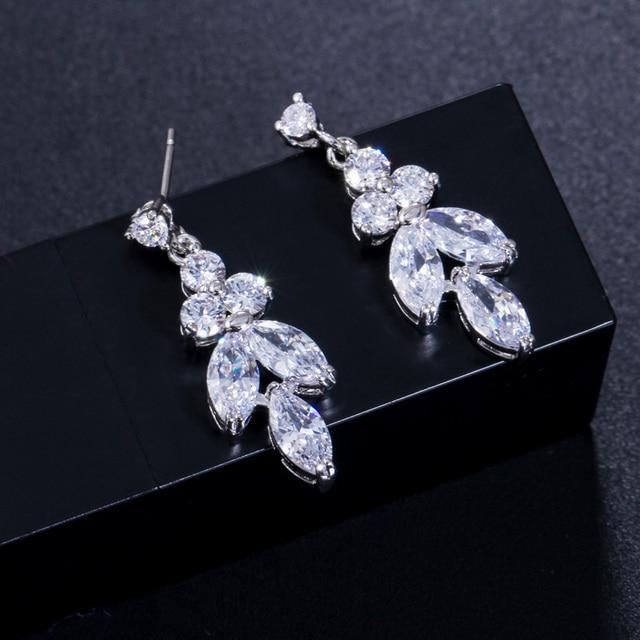 CWWZircons 4 Uds brillante cúbico pendientes y collar con circones anillo y pulsera joyería nupcial de la boda establece vestido accesorios T344 3