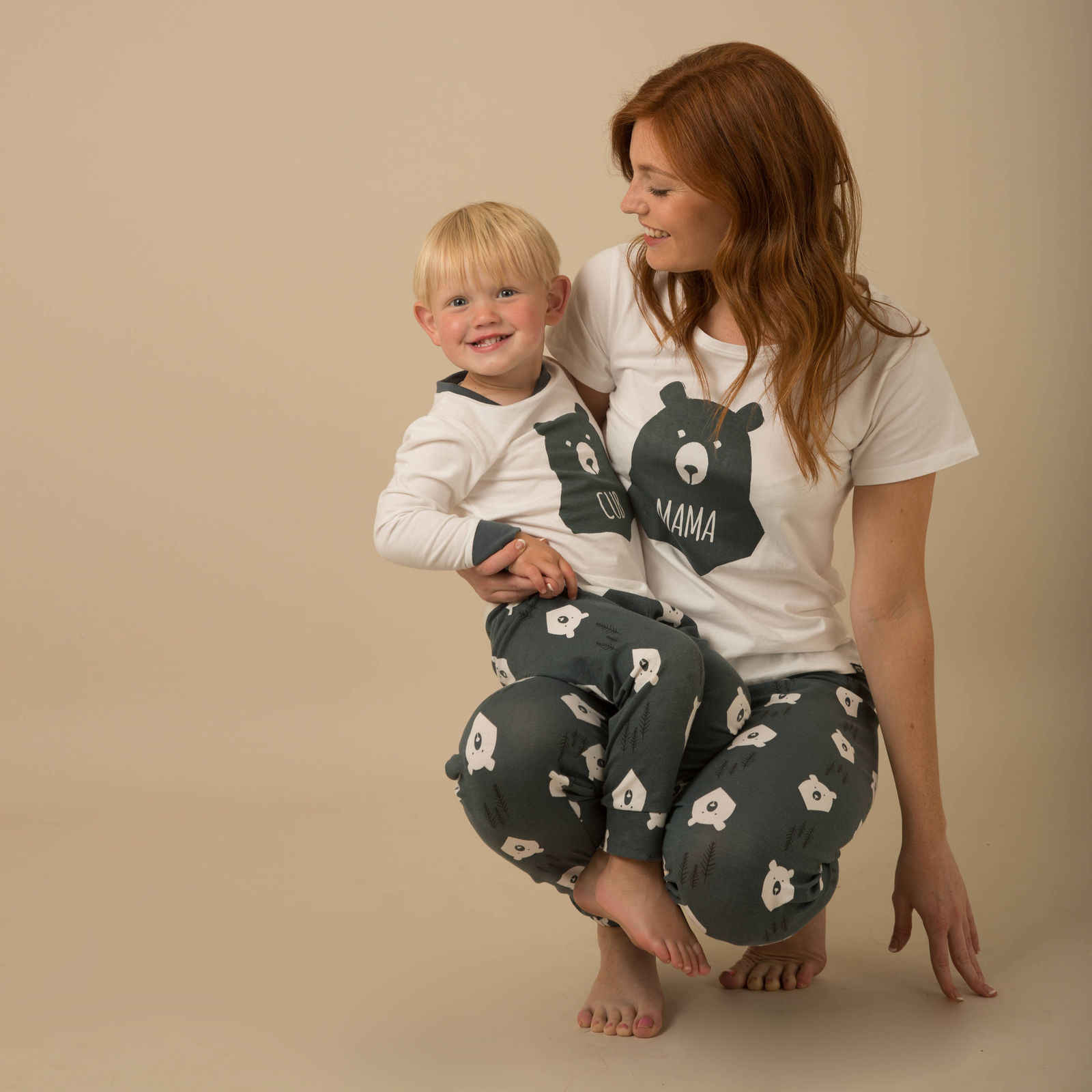 ... Winter Warm Christmas Bear Printing Pyjamas Matching Family PJs  Nightwear Adult Mum Dad Kid ... 29e456e8f