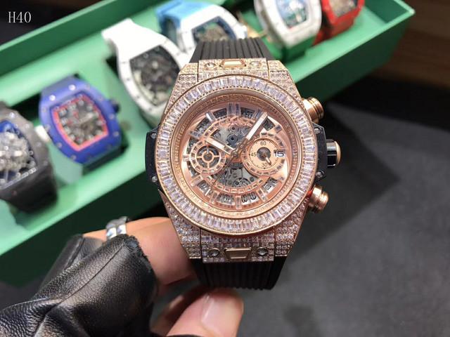 2019 Top Luxury Brand Rubber Men Sports Watches Men's Quartz Date Clock Man Diamonds Military Wrist Watch Male Relogio Masculino