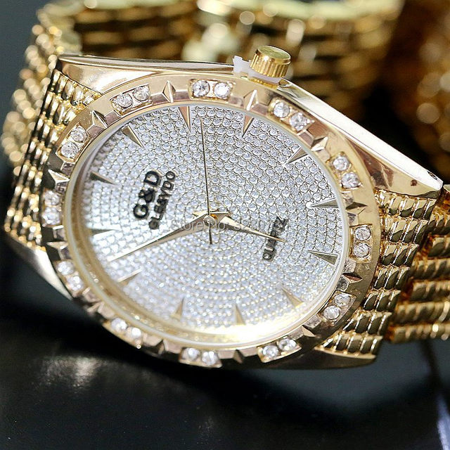 Real ! 2017 Brand Luxury Fashion Gold Bracelet Watch Women Quartz Wristwatch Lad