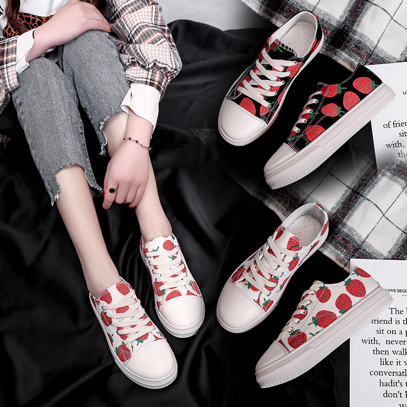 Shoes Woman Flats Outdoor Sneakers Ladies Fashion Strawberry Shoes Woman Zapatillas Mujer Sneakers Chaussures Femme