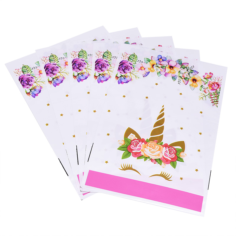 10PCS Unicorn Party Supplies Birthday Baby Shower Party Favor Bags Gift Candy Packaging Bags Unicorn Pattern Design Party Supply