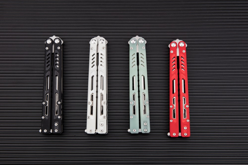 Maxace Banshee butterfly trainer satin Tanto blade-in
