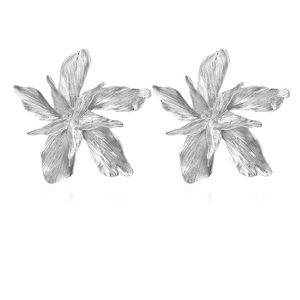 Женские Висячие серьги Docona, элегантные золотые серьги с большим цветком, модные вечерние ювелирные изделия с металлическими цветами, подарок, 3839