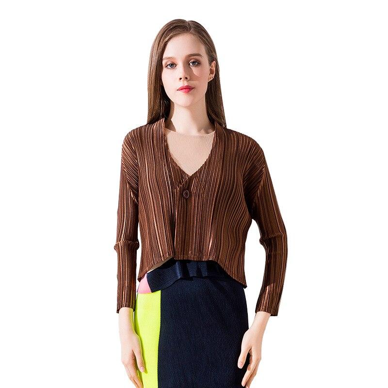 Changpleat 2018 new women Classic   basic     Jackets   Coat Miyak Pleated Design Slim long sleeve a button top woman shawl Fashion Tide