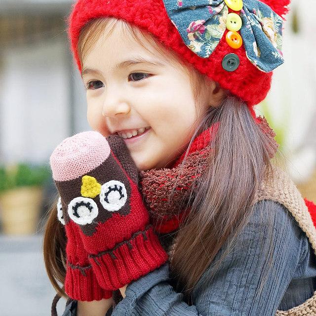 De duas peças crianças luvas de. Luvas do bebê. Moda inverno coruja de modelagem de mão robô. Versão coreana. Frete grátis