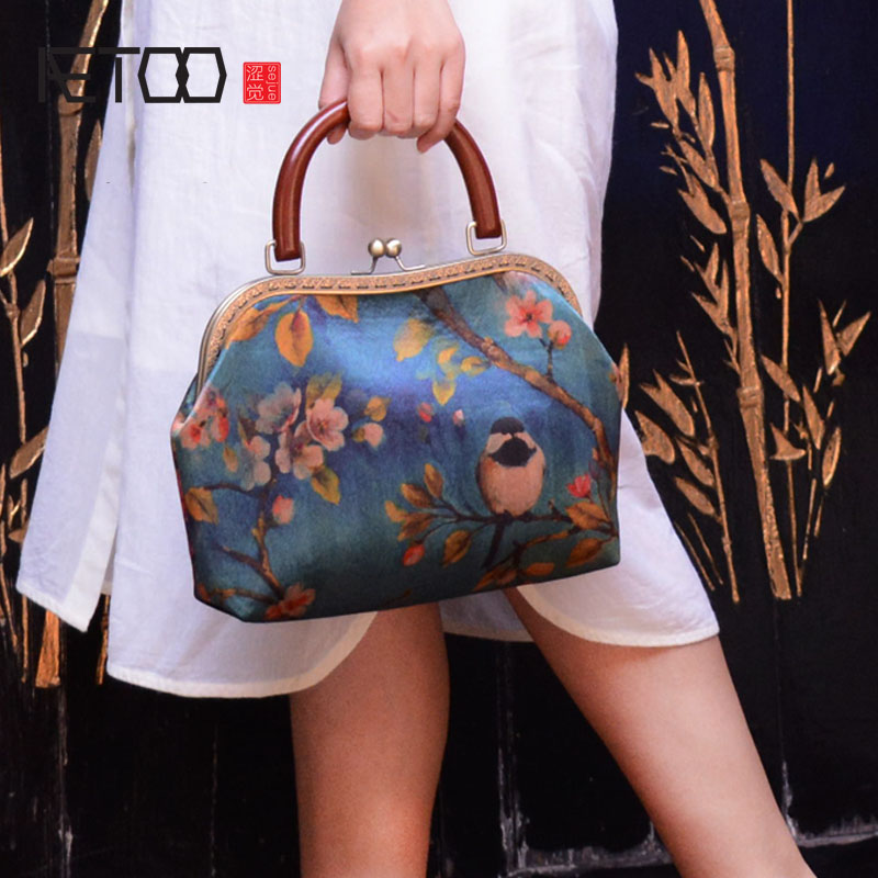 AETOO Original handmade custom silk silky handbag handbag pocket gold back ancient cloth women bag national wind wild