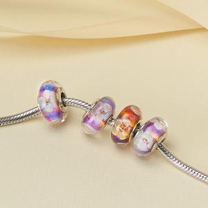 Image 3 - Athenaie original Murano Glas 925 Silber Core Fünf Petaled Blumen Charme Perlen Fit Pandora Armbänder und Halsketten Farbe Lila
