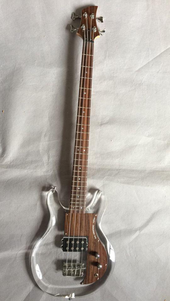 Vente chaude Dan électrique basse guitare avec acrylique corps