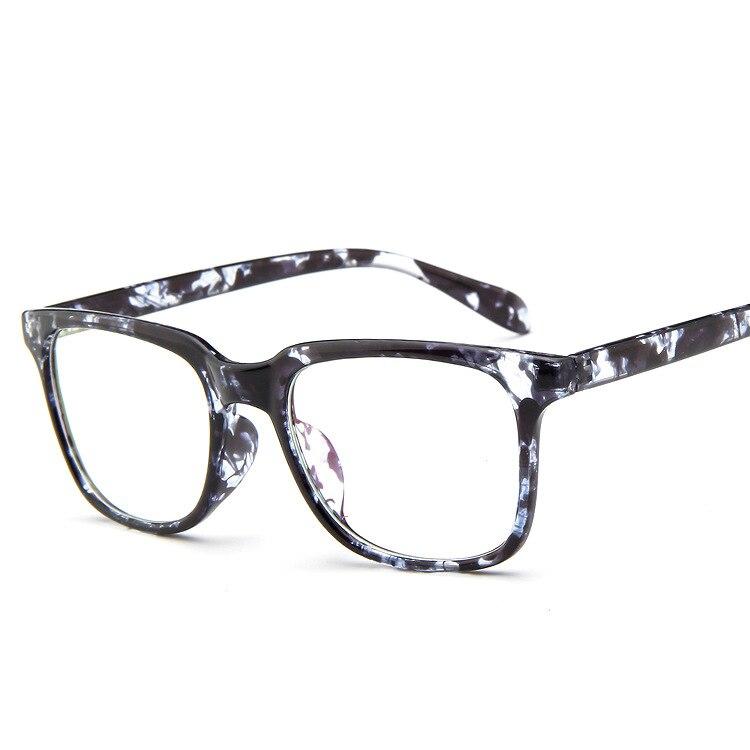 7a51b422156d Vintage Eyeglasses Men Fashion Eye Glasses Frames Brand Eyewear For Women  Eyeglasses For Computer Armacao Oculos De Grau