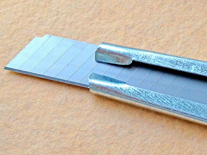 Image result for pisau kecil atau cutter