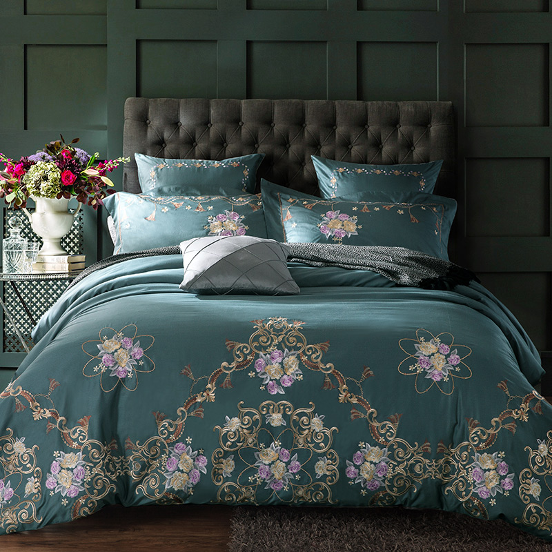 60SEgyptische katoen geborduurd luxe koninklijke beddengoed set 4 / 6pcs koning queen size dekbedovertrek laken set decoratieve kussenslopen