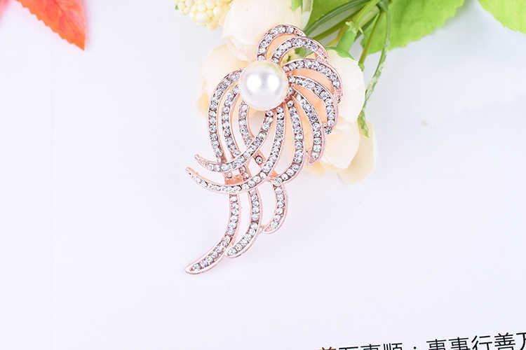 Baru Korea Edisi Perhiasan Grosir Fashion Mewah Kristal Pearl Bunga Syal Bros untuk Wanita