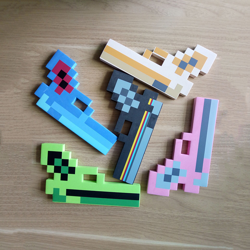 2017 Minecraft Toys Foam Sword Pickax Gun EVA Toys Minecraft Foam Diamond Weapons Model Toys Brinquedos for Kids Gifts ATF19