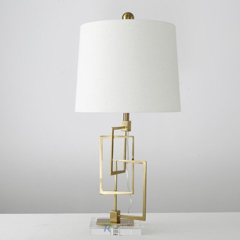 Современный американский настольные лампы гостиная, спальня украшения белый оригинальность металла личность площадь Кристалл Настольные