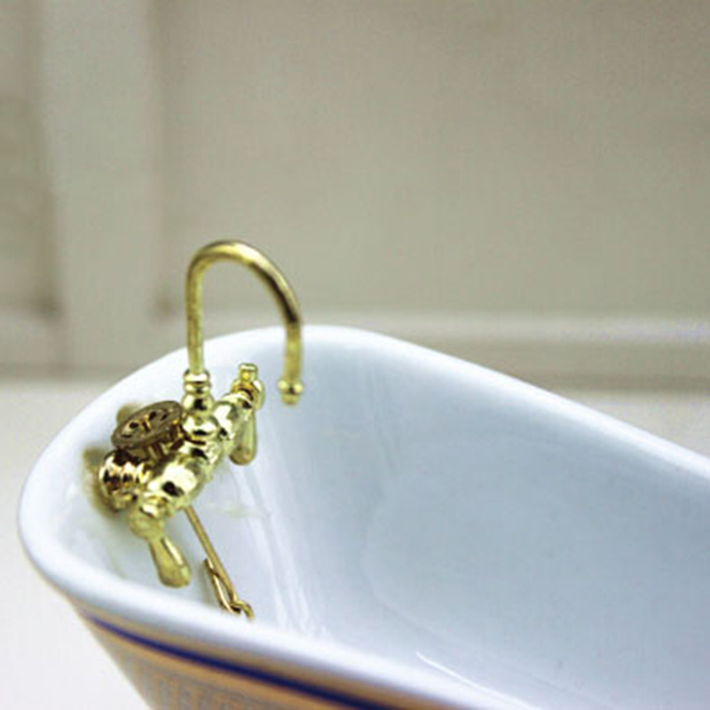 Mini Alloy Bathtub Faucet Simulation Water Tap 1/12 Dollhouse Miniature Model Toys For Doll House Decoration