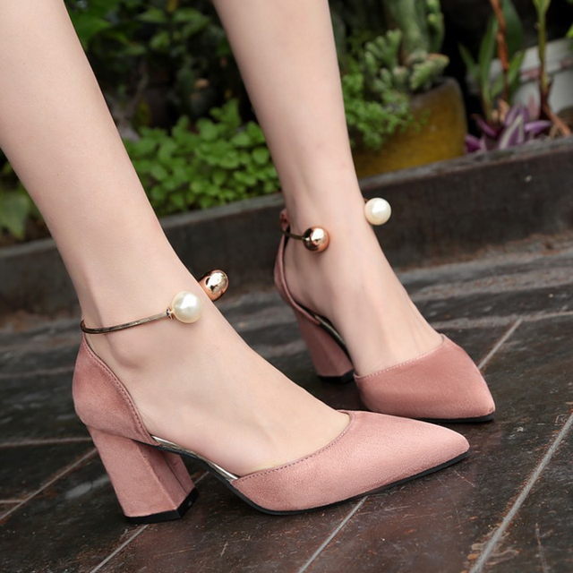27b67d43fce7 2018 new style shallow single girls shoes high heels women pumps thin heel  classic red nede
