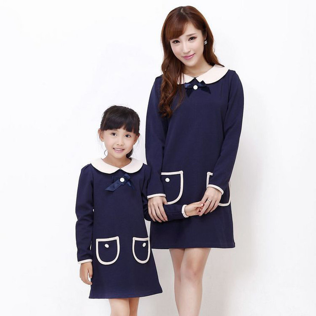 Fashion Family clothing Peter pan collar Mother daughter dresses Autumn Lady casual dress Girls party dress with bowknot