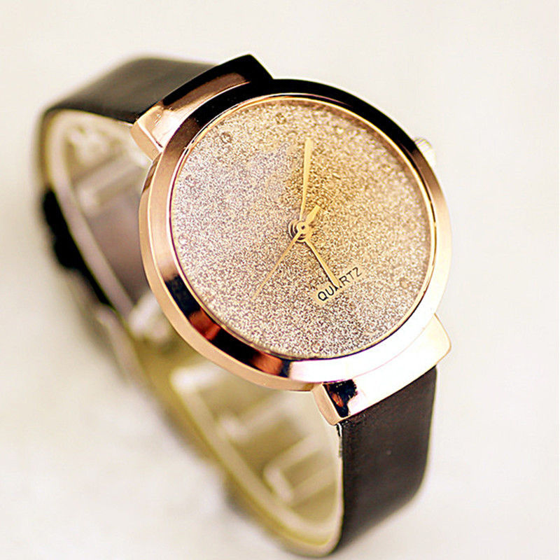 Quartz Watch Kvinnor Läder Rem Fashion Watch Dekoration Utsökta Tiny Stars Sands Casual Ladies Armbandsur