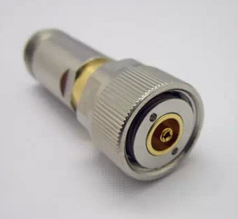 Il Link digitale calibratore piatto N piatte N connettore ad alta frequenza connettore testa di calibrazione dello strumentoIl Link digitale calibratore piatto N piatte N connettore ad alta frequenza connettore testa di calibrazione dello strumento