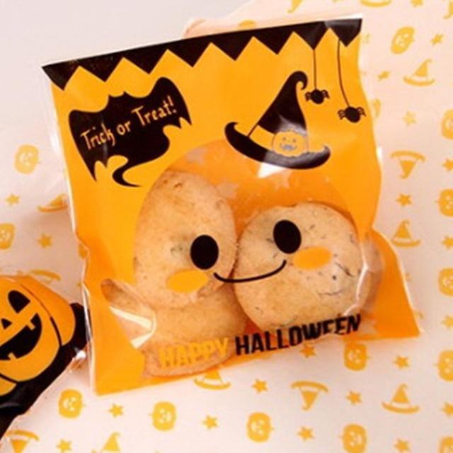 2017 funny 100pcs halloween bat treat bags halloween party supplies cookie bags - Halloween Party Store