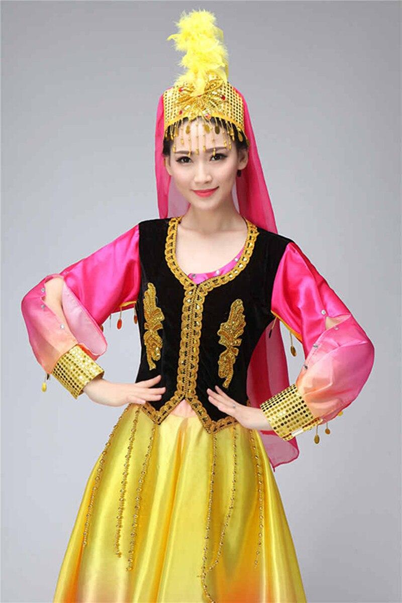 знаменитая ведущая уйгурские платья фото бизнесмены платили