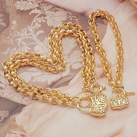 Желтое золото цепочки и браслеты