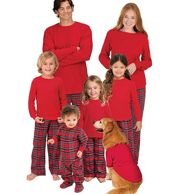 4d9be24b32 100%Cotton Family Matching Clothing Pajamas Christmas Family Look Red Color  Tops + Plaid Pants Mom & Daughter 2PCS Suit QZ056