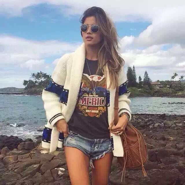 WZYCHDS Vintage ripped hole fringe denim thong shorts women sexy pocket one teaspoon   jeans   shorts summer girl 20182015