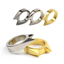 Hot Sale Outdoor Camping EDC Tools Kit Portable Stainless Steel Self – defense Survival Ring Defense Protection Equipment