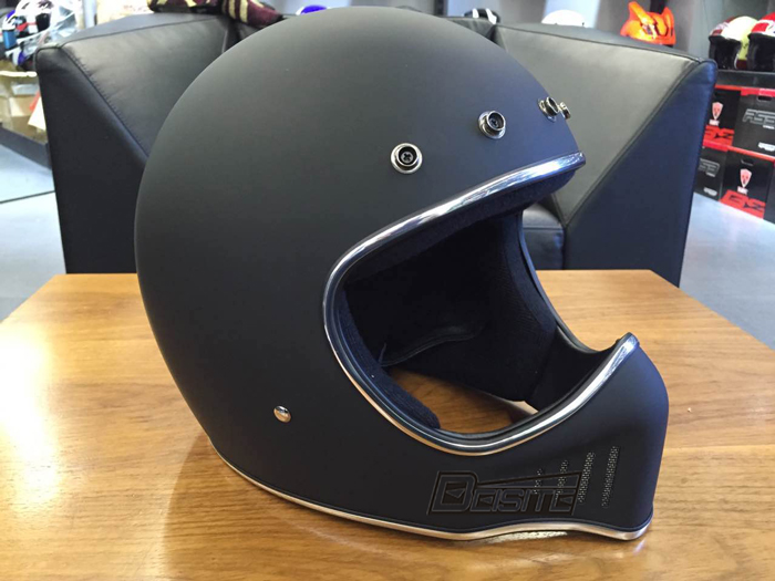 muet noir casque de moto du japon 2016 nouveau r tro. Black Bedroom Furniture Sets. Home Design Ideas