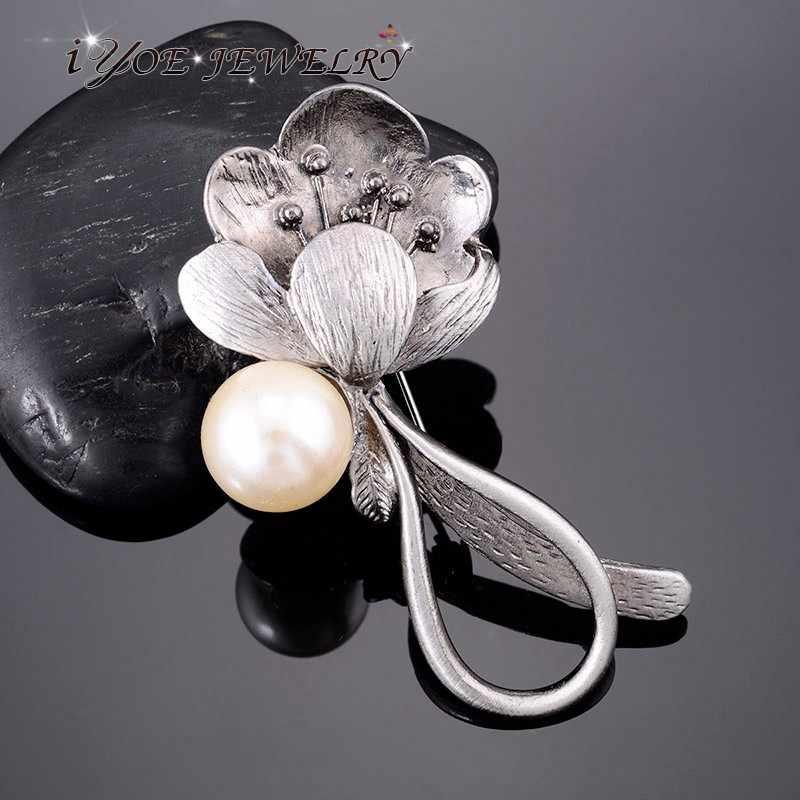 Iyoe Disimulasikan Bros Mutiara Vintage Perhiasan Hitam Gun Vintage Logam Bunga Bros Pin Wanita Syal Gaun Aksesoris