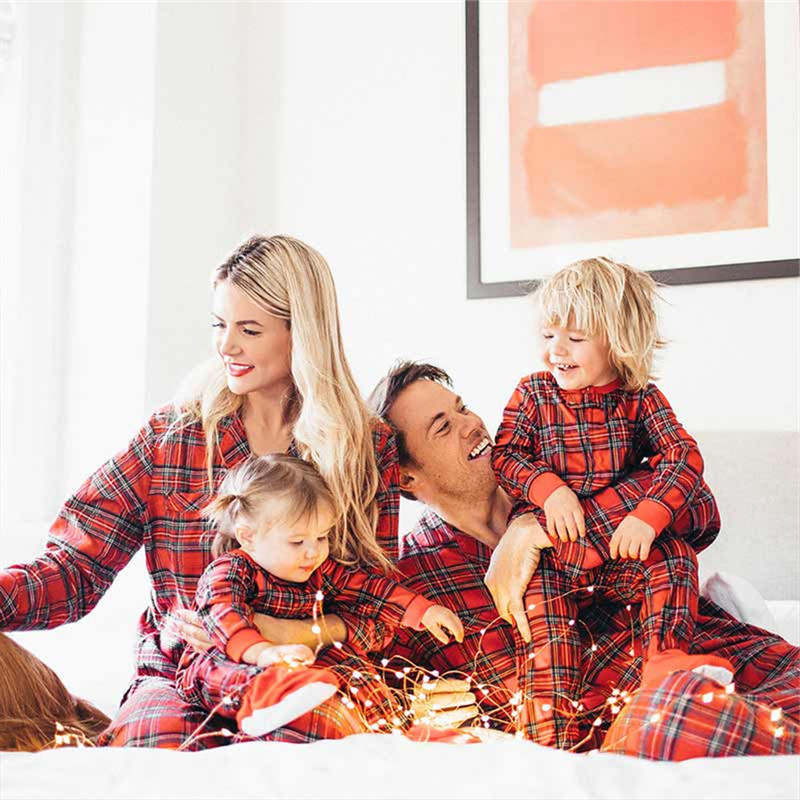 Christmas Family Matching Outfits Father Mother Kids Plaid P