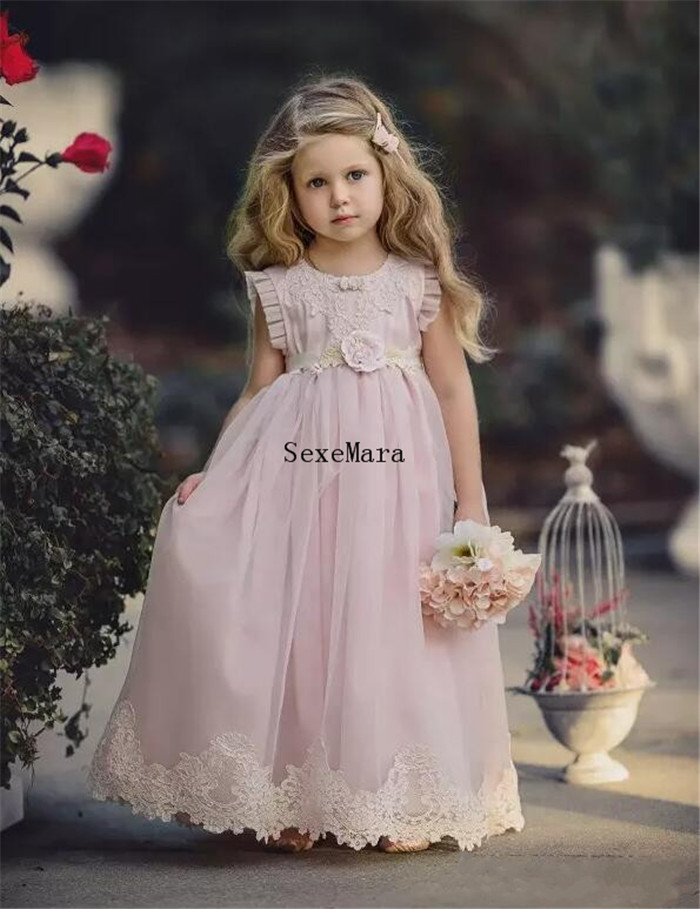 Lovely Light Pink Flower Girl Dresses For Weddings Kids Pageant Gowns Lace Appliqued First Birthday Dress Special Occasion cute pink lace flower girl dresses sheer sleeves appliqued baby girl dress tiered toddler pageant birthday dress for party gowns